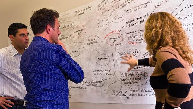brainstorming-meeting